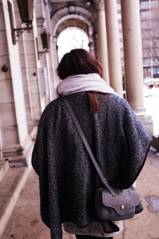winteroutfitcolumnsback