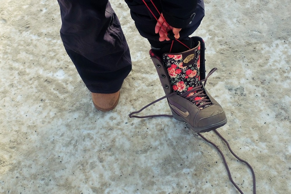Aren't these the cutest snowboard boots you've ever seen?