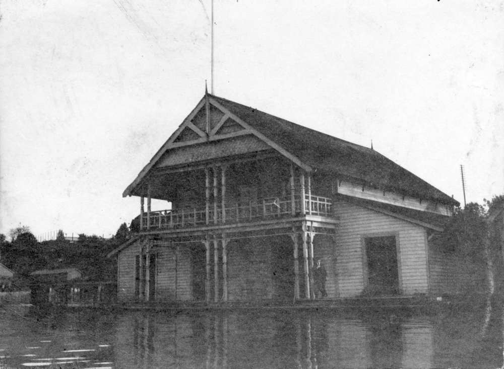 Image source: The City of Vancouver Archives  Reference Code:AM54-S4-: Bu P541  Item : Bu P541 - [Exterior of Vancouver Rowing Club at the foot of Thurlow Street]  http://searcharchives.vancouver.ca/exterior-of-vancouver-rowing-club-at-foot-of-thurlow-street