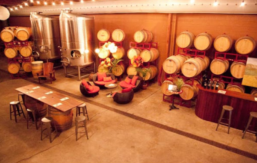 Twenty Rows Winery in Napa - Photo Credit: http://www.touringandtasting.com/destinations/napa-valley/twenty-rows/