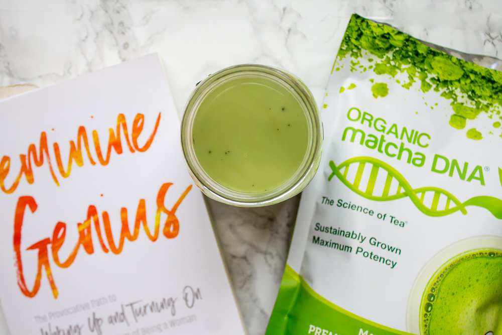This post has been sponsored by Famebit & Organic Matcha DNA. However, all thoughts and opinions are that of my own.