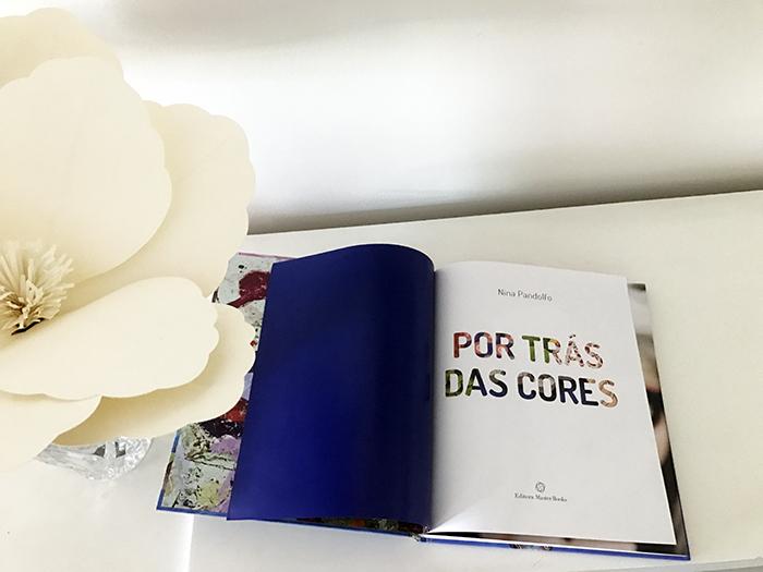 Livro Por Trás das cores