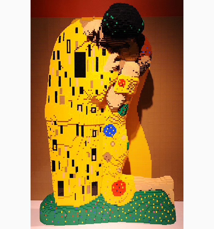 Klimt art of the brick
