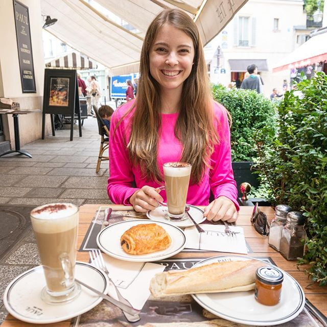 ⏪ Rewind to Day 76: The perfect afternoon in Paris includes... Cappuccinos + pain au chocolat + a fresh baguette. Usually we are both pretty health conscious (no gluten & caffeine) but ALL of our self discipline went out the window in France. The pastries were too good. #365daysoftravels