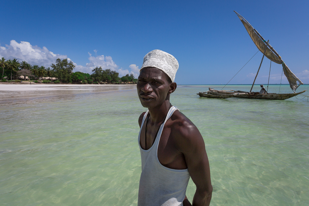 Juma and his ngalawa sailing boat, traditionally used for fishing, but makes a great vessel for going to the reef to snorkel or just sail silently through the water on the wind.