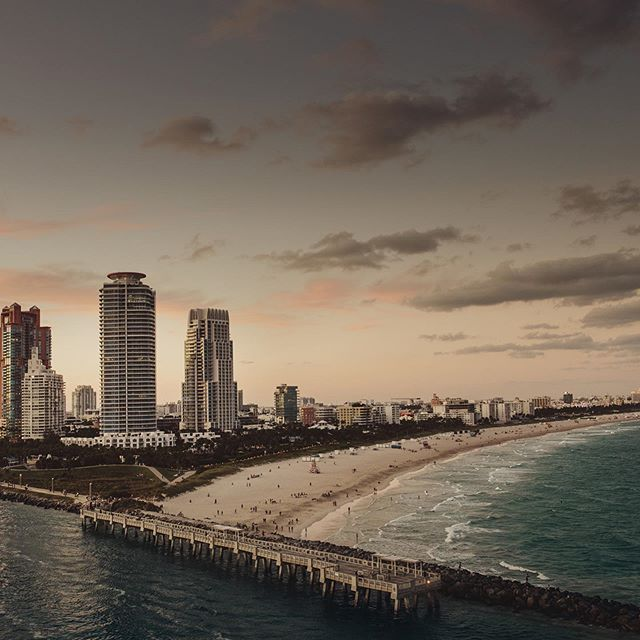 012 - Miami  #miamibeach #usa #beach #sundown #city #twillight