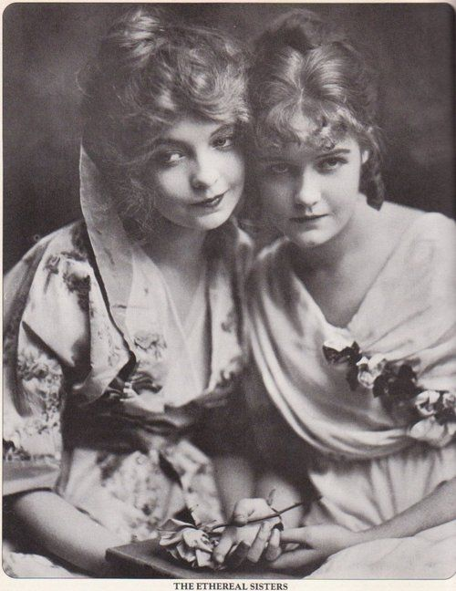 Lillian Gish and Dorothy Gish, c. 1920
