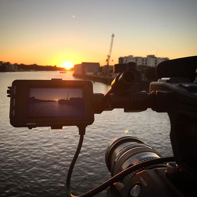 Shooting in London again today for @eslgaming I couldn't resist grabbing a sunset shot over the Thames #cameradept #cameraoperator #sunset #london #esports