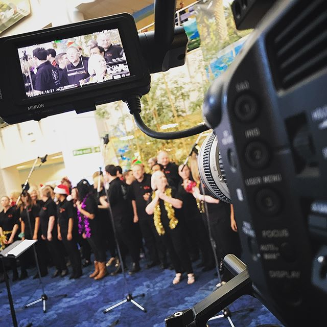 Christmas Carols with in the workplace #cameraoperator #sonyfs7 #canon #cameradept #christmascarols