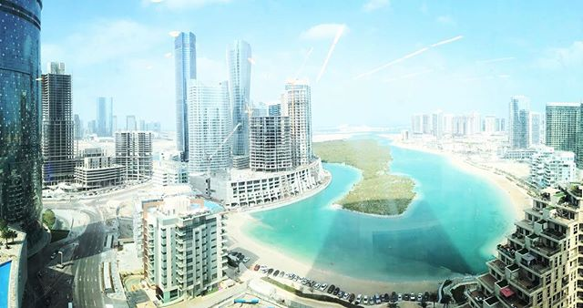 A recent trip to Abu Dhabi on business included this view from the 17th floor on Al Reem Island. Not a bad view from your desk each day! #abudhabi #alreemisland #viewfromdesk #inspirationalview