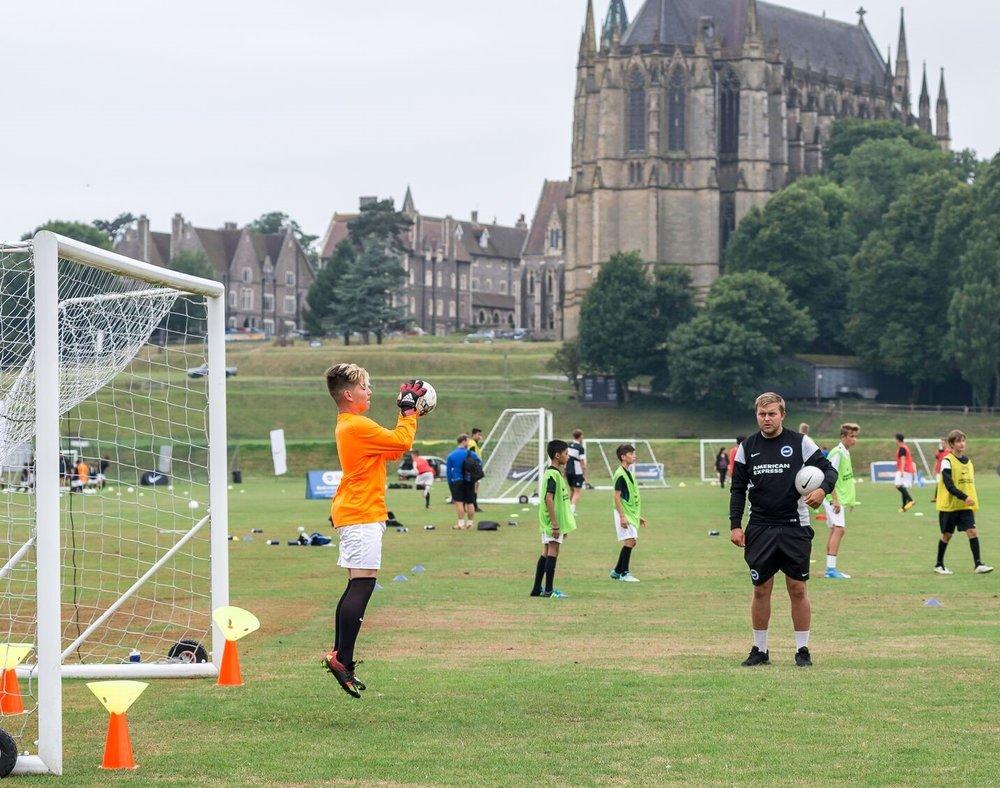 nike-football-camp-goakeeping-coaching