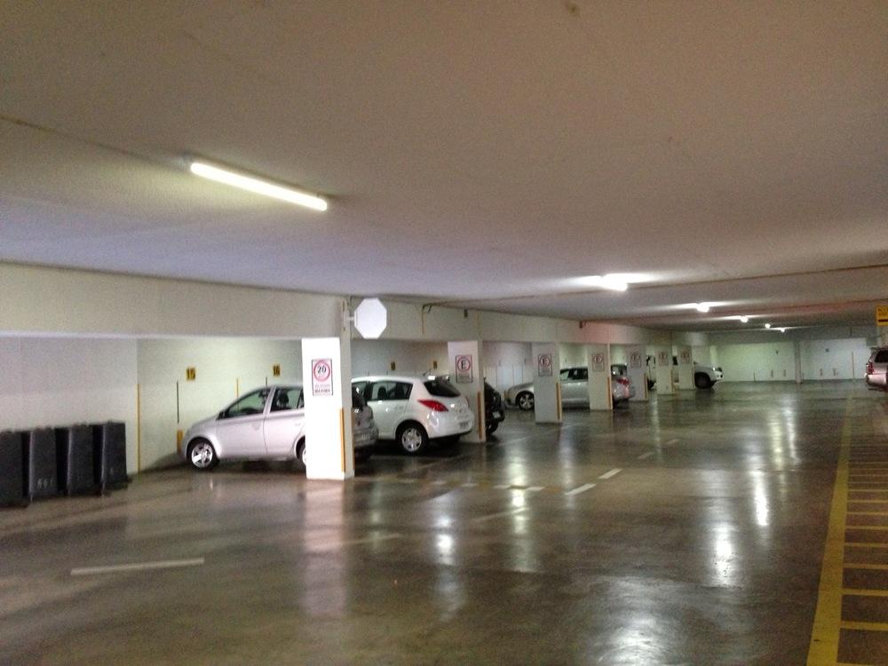 Estacionamiento (1).JPG