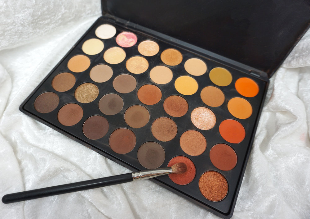 Emily Essentially | 5 Eye Shadow Palettes Every Girl Should Own | Morphe 35O