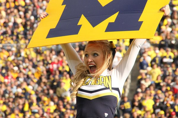 Emily Essentially | Fashion | Michigan Game
