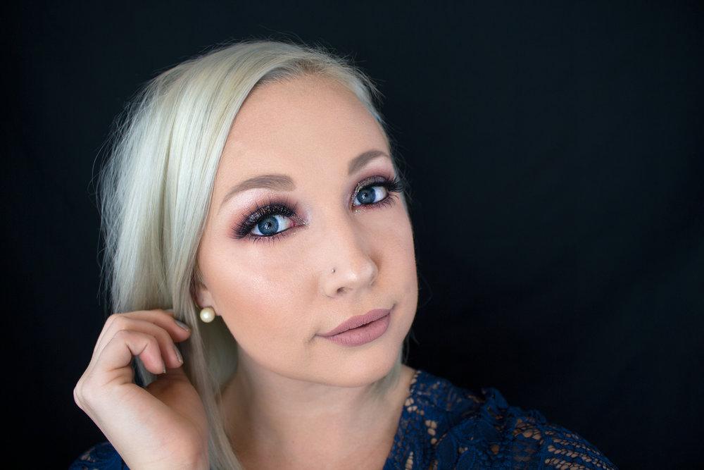 Emily Essentially | Beauty | Colorful & Glittery Smokey Eye Tutorial