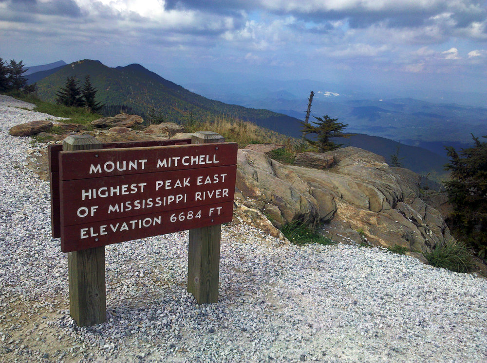 Mount_Mitchell_sign.jpg