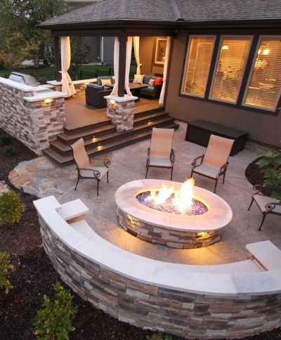 Outdoor fireplace idea taken from Pinterest, pinned from homedecorpictures.us