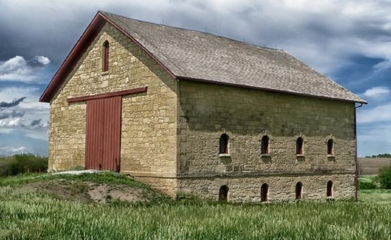 heritage barn.jpg