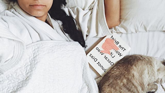 Ultimate comfort level ✔️What are you reading?
