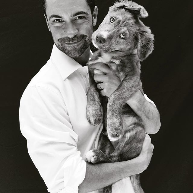 When it comes to the heart, it always knows 🐾💕xo  ________________________________ #rescuedog #love #friendship #gratitude #goodpeople #rescuedogsofinstagram #cathrinewhitephoto #dannypino #doglover #adoptdontshop #amazing #rescuedogsrocknyc #puppylove #support #photoshoot #kindness #lawandordersvu #dog #joy #oldsoul #faith #nyclife #amansbestfriend #actorsaccess #agent #editorial #upperwestside | @eldannypino @mayansfx @cathrinewhite 💫✨🐾There is nothing more healing to the human heart ♥️ unconditional love and kindness