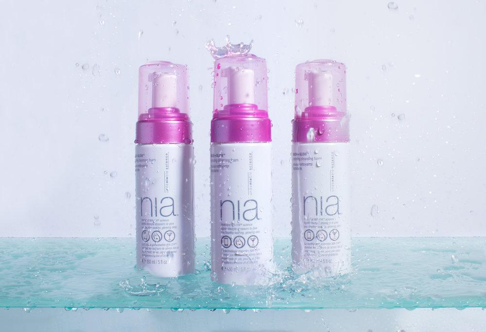 nia_shower_shelf.jpg