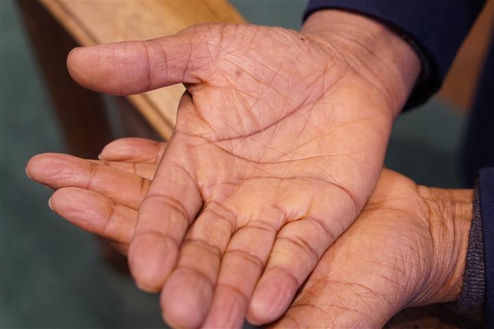 open hands (Small).JPG