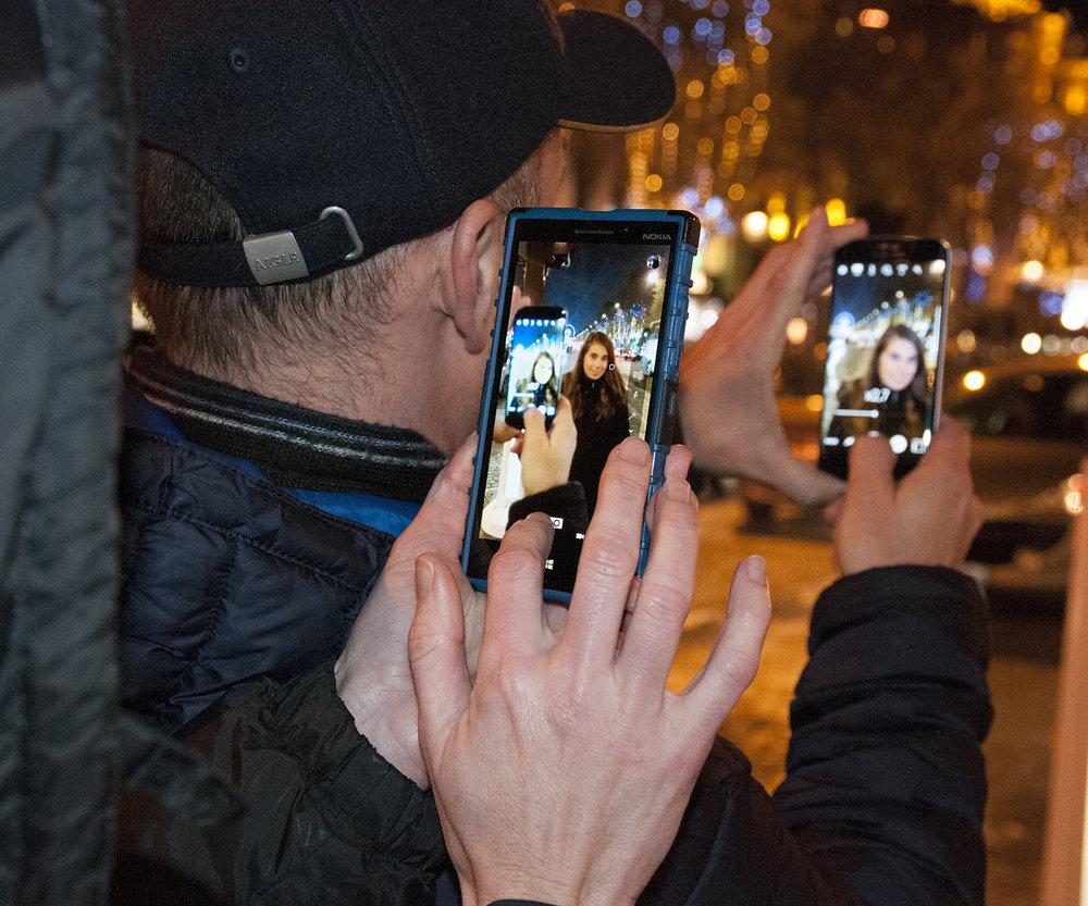AnoukPhone.jpg