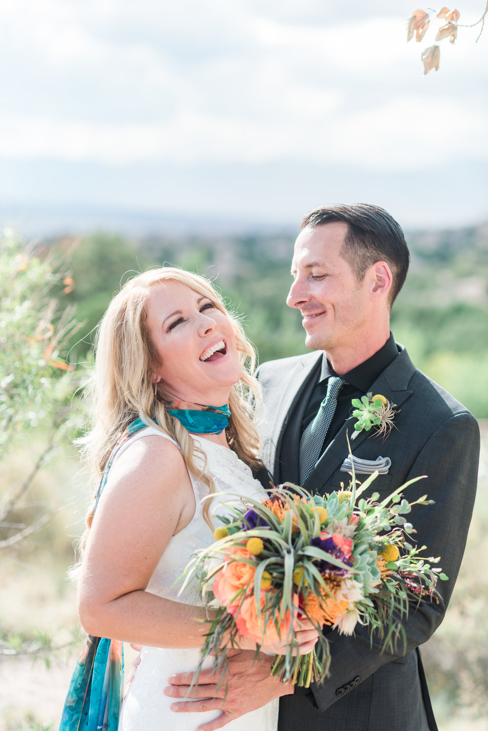 Alissa + Clint. Santa Fe, 2018. Planner: The always amazing Maria Socha, Sealed with a Kiss. http://www.sealedwithakissevents.com/ photo by    Maura Jane Photography   .