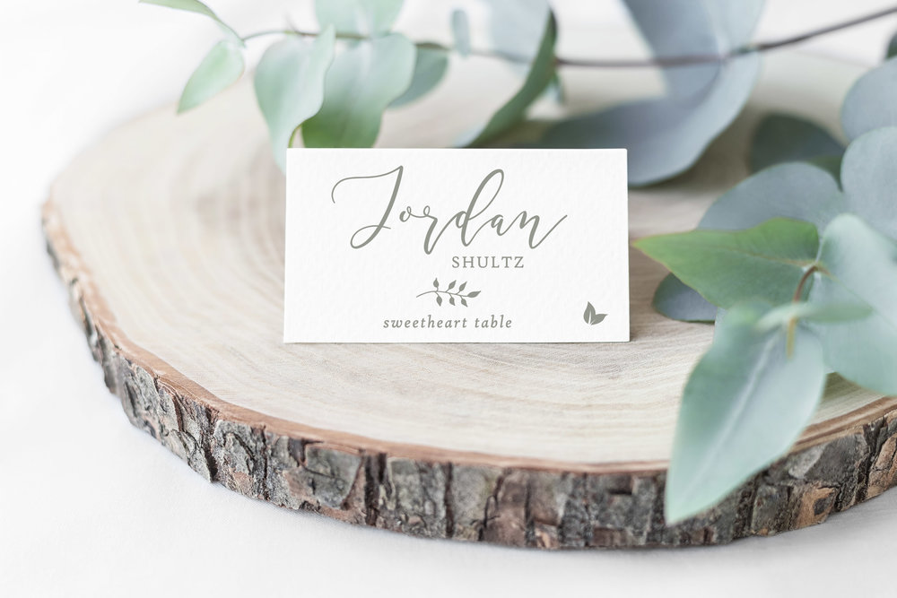 Just the cutest little folded place cards!