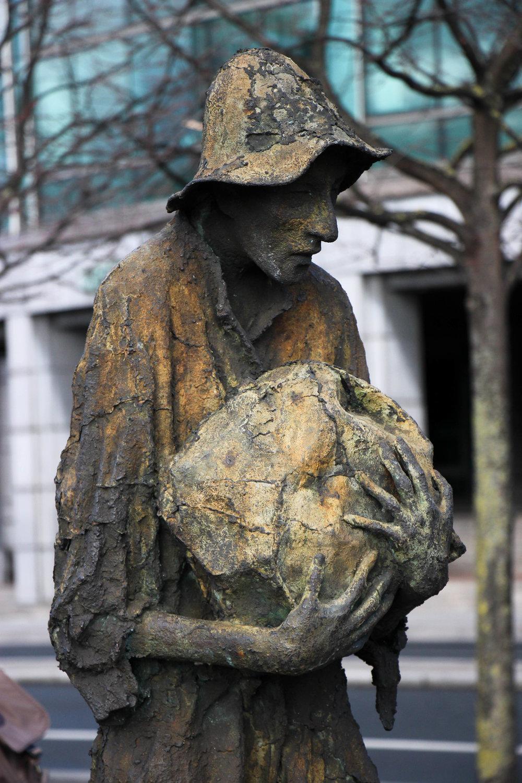 Famine Memorial, Dublin, Ireland, Europe | www.DoLessGetMoreDone.com |