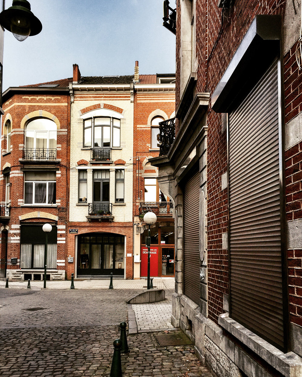Belgium, Europe | www.DoLessGetMoreDone.com |