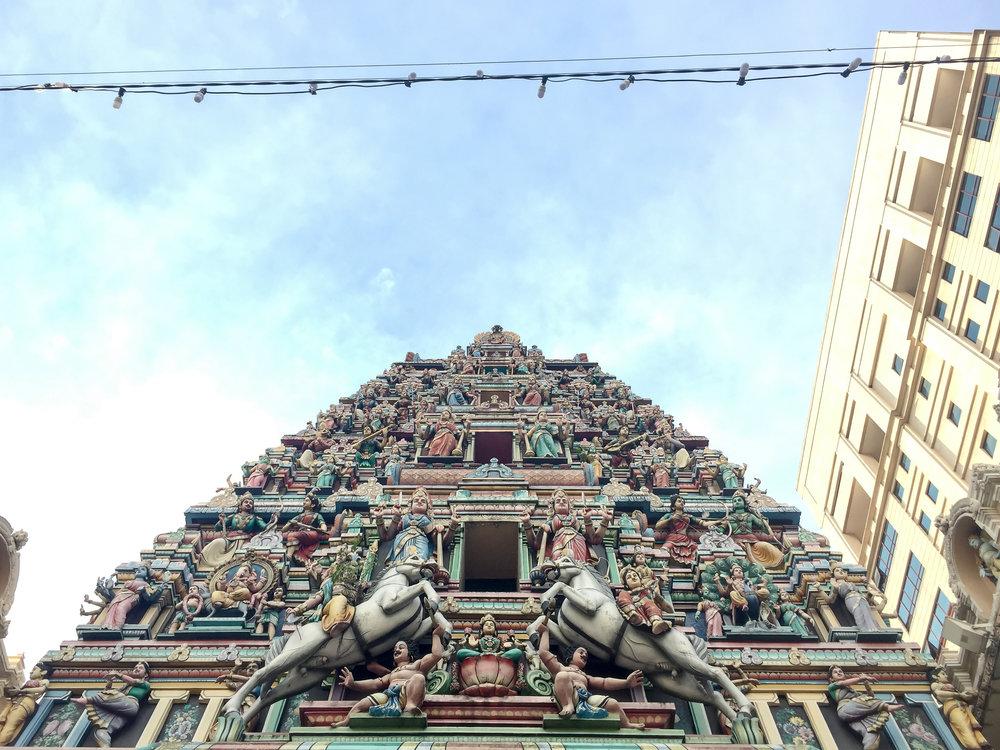 Sri Mahamariamman Temple, Kuala Lumpur, Malaysia | DoLessGetMoreDone.com |