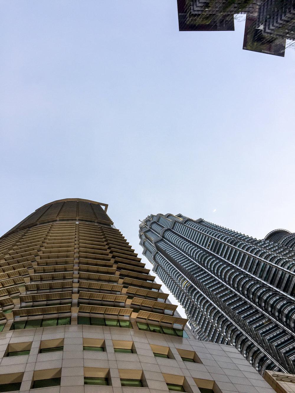 Petronas Towers, Kuala Lumpur, Malaysia | DoLessGetMoreDone.com |
