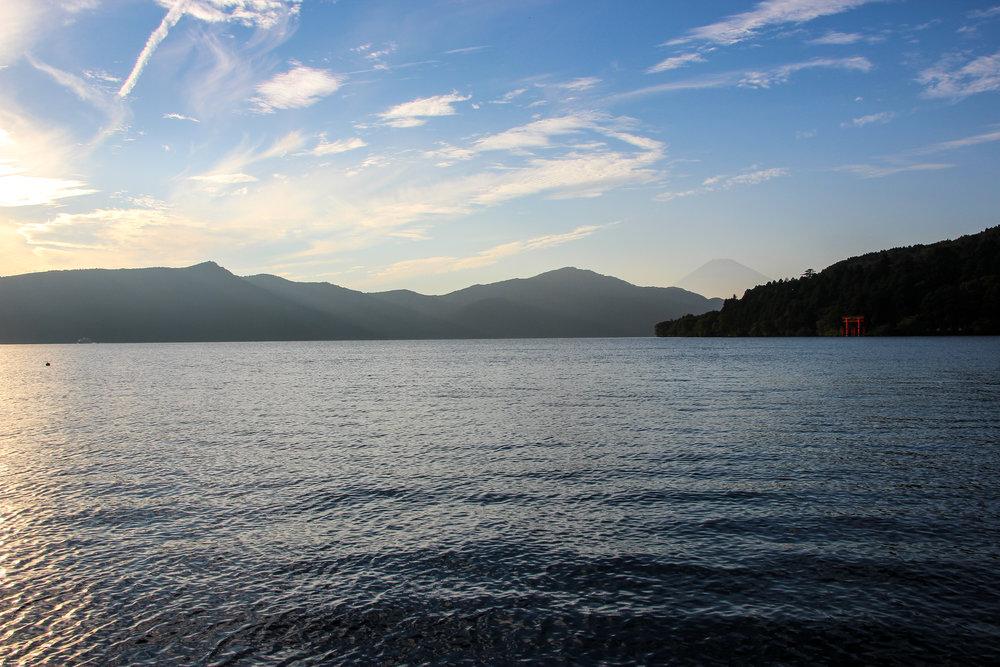 Hakone In A Simple Way Like That   Lake Ashi, Mount Fuji, Hakone   Fuji-Hakone-Izu National Park, Japan, Asia   DoLessGetMoreDone.com  