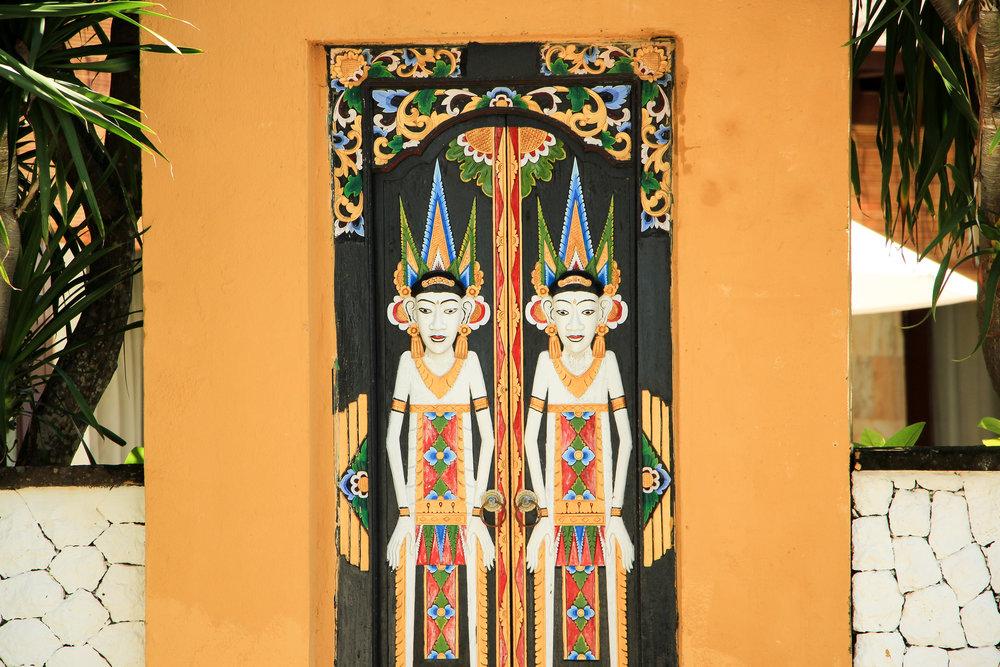 door, Bali, Indonesia, Asia | DoLessGetMoreDone.com |