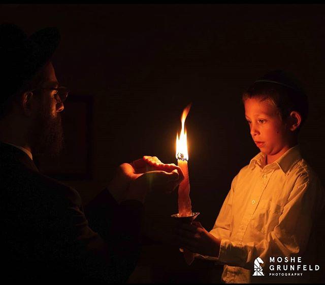 שבועה טוב!! #candle #fire #goodweek  Part of a project we did for @nermitzvah  #photography #stilllifephotography #commercialphotography #jewish #photo