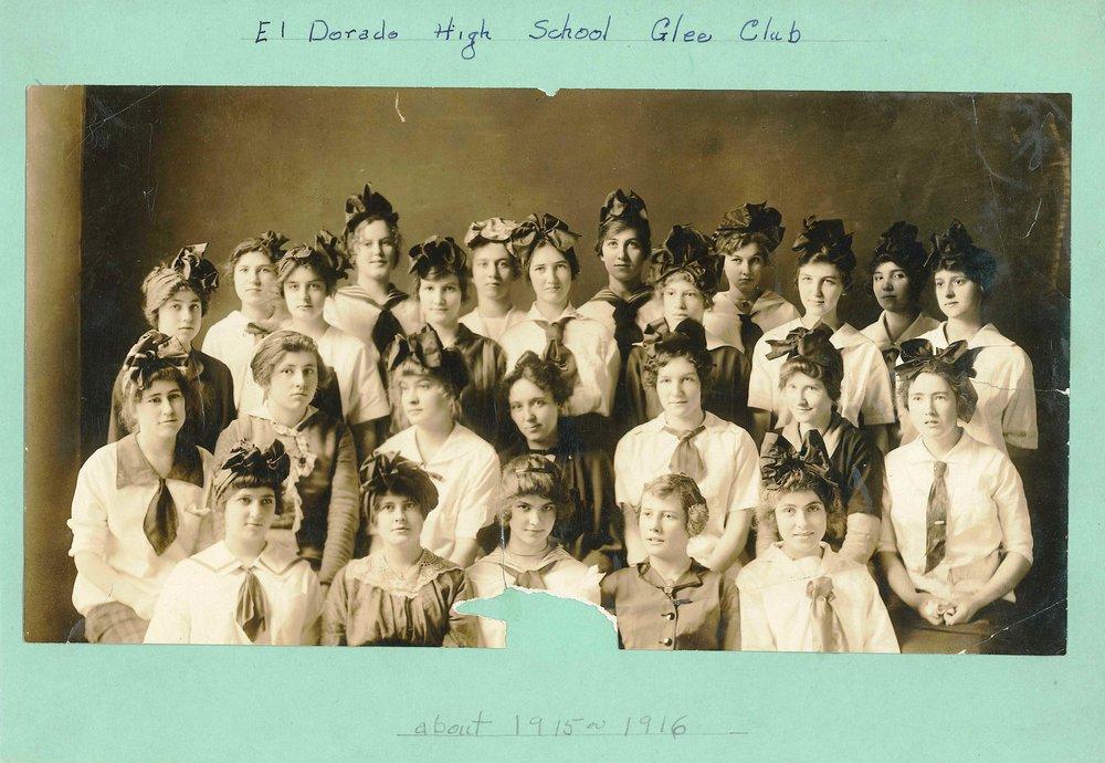 El Dorado HS Glee Club 1915+16.jpg