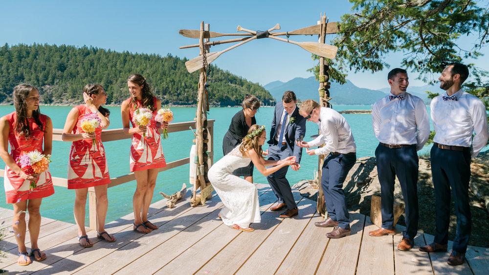 bowen_island_wedding_photographer_vancouver142658_17_ally&james.jpg