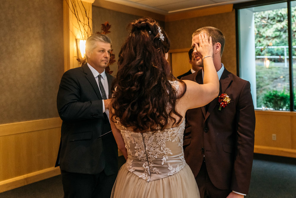 151140hollyburn_country_club_wedding_photographer18.jpg