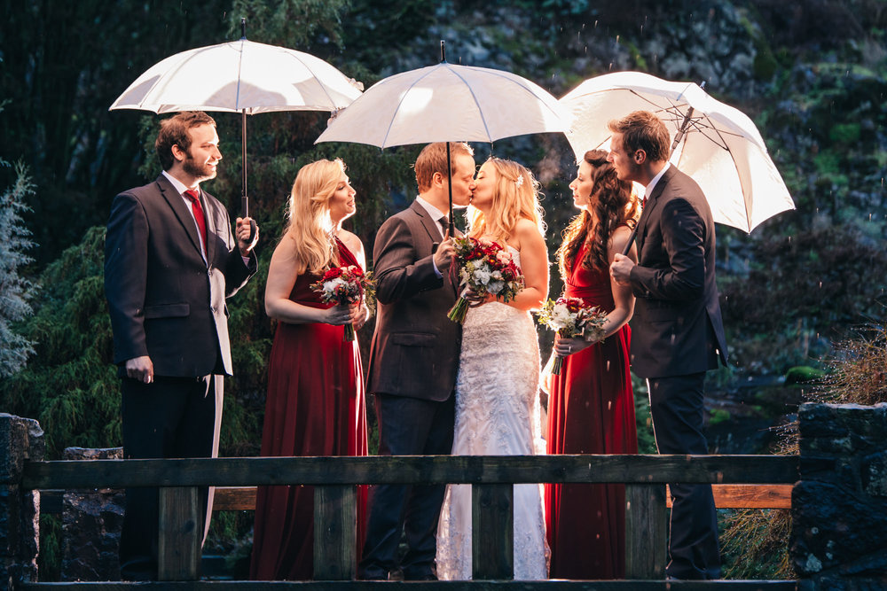 18-queen-elizabeth-park-wedding-photo-umbrella.jpg