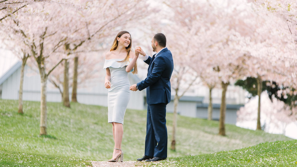 vancouver cherry blossom engagement photos