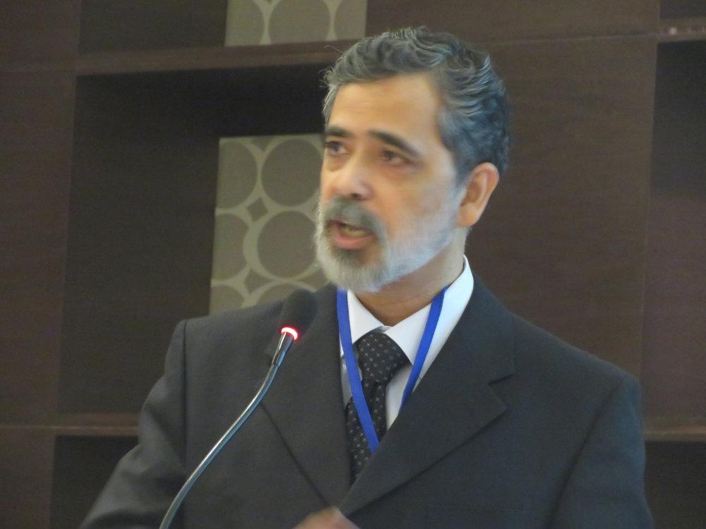 Dr. Taludkar