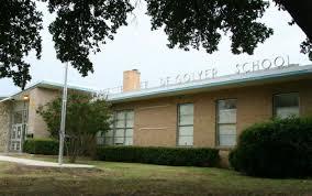 Everette L DeGolyer Elementary
