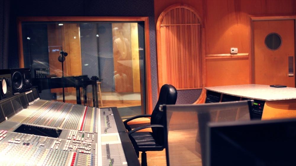 Studio %239.jpg