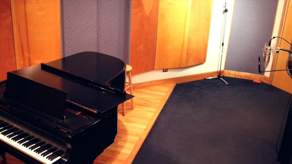 Studio %235.jpg