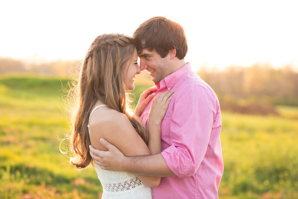 071_Zach+Emma_Engagement-X2.jpg