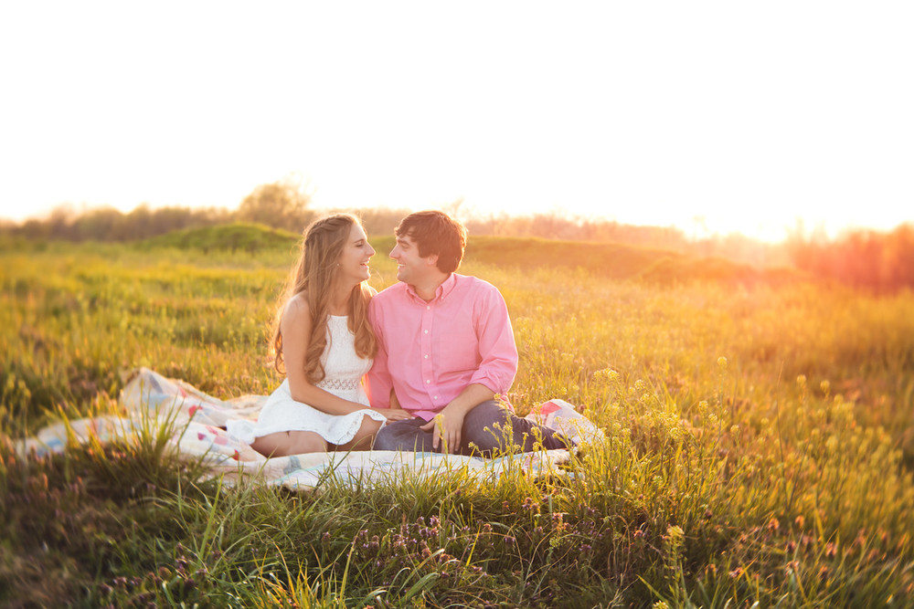 089_Zach+Emma_Engagement-X2.jpg
