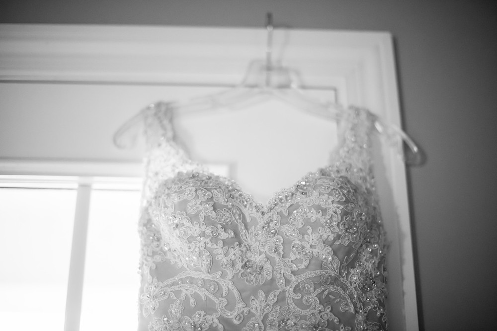 095_Daniel+Mia_WeddingBW-X2.jpg