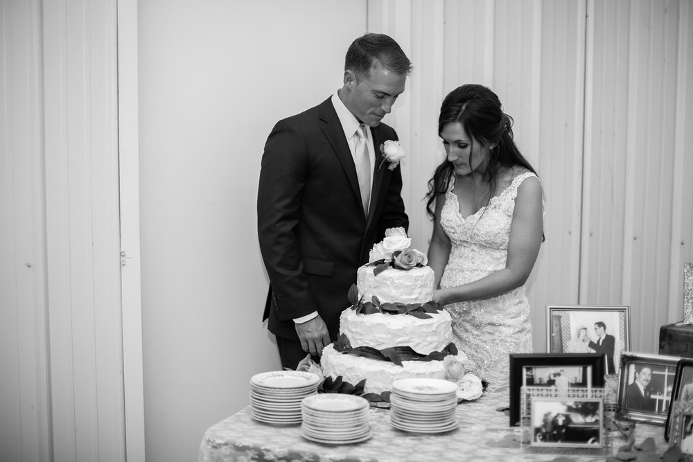 747_Daniel+Mia_WeddingBW-X2.jpg