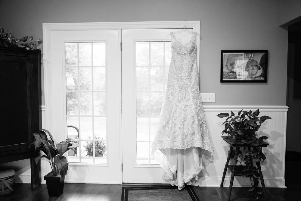 099_Daniel+Mia_WeddingBW-X2.jpg